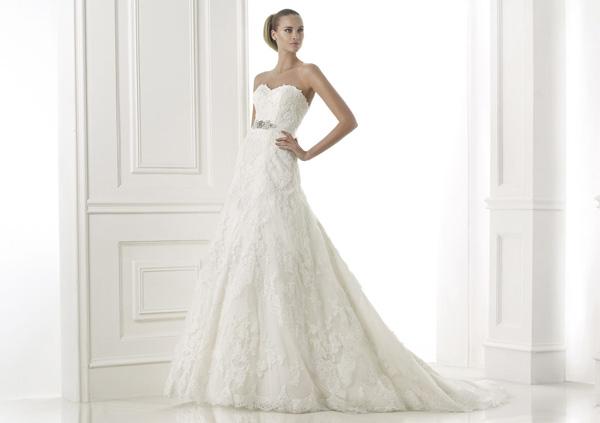 Платье кружевное а силуэта свадебное